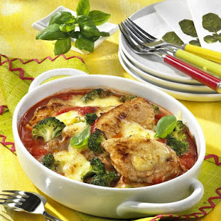Pork Escalopes in Tomato Gratin