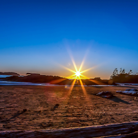 by Darren Sutherland - Landscapes Sunsets & Sunrises ( tofino. 2019 )