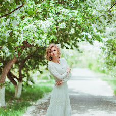Wedding photographer Aleksandra Kikh (AleksaKikh21). Photo of 24.05.2015