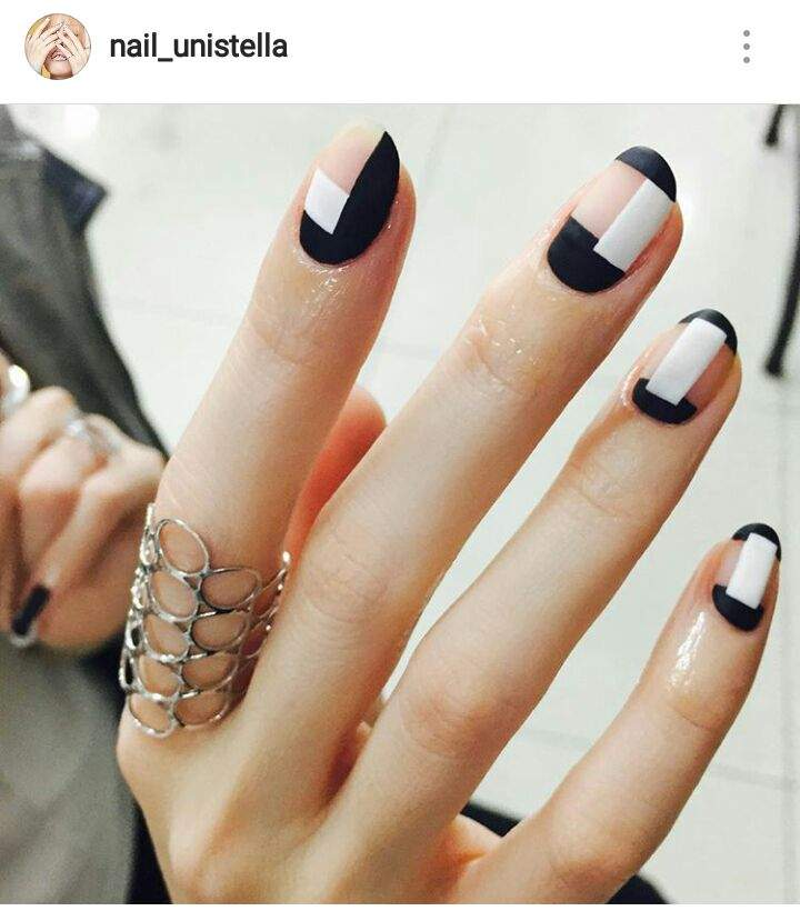 Park Eunkyung Also Did The Nail Art For Their Latest Hit Du Duu