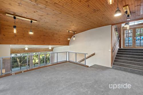 Photo of property at 58 Cheryl Crescent, Newport 2106