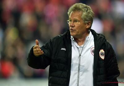 """Bölöni en Haroun niet te spreken over dubieuze beslissing van de ref: """"Onaanvaardbaar"""" en """"Gaan we bij een penalty hetzelfde krijgen?"""""""