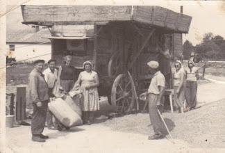 Photo: Gabonaszárítás 1950-es évek