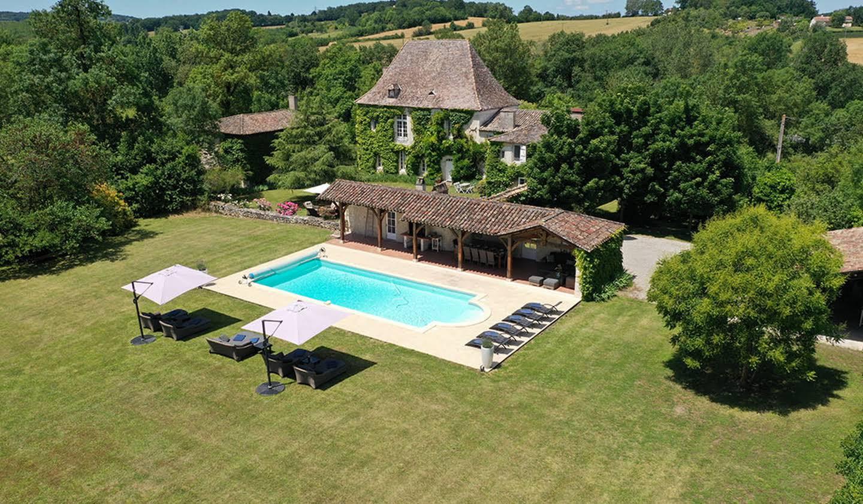Maison avec piscine et jardin Boudy-de-Beauregard
