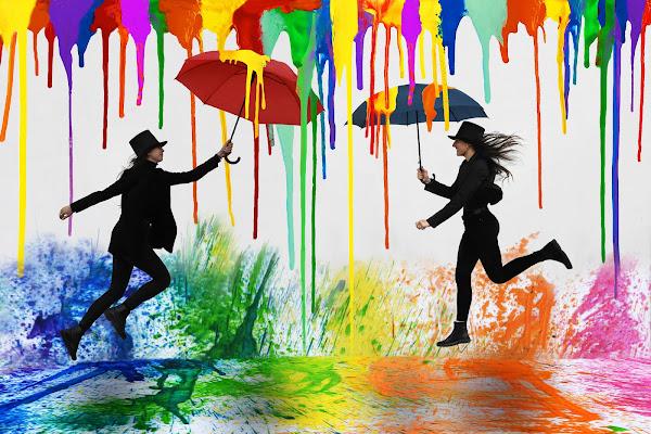 Singing in coloured rain  di BASTET-Clara