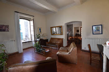 Maison 9 pièces 218 m2