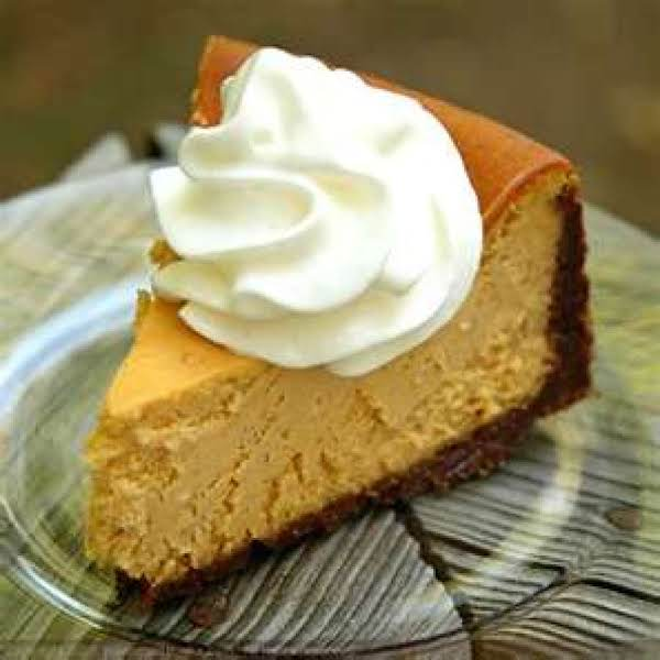 Pumpkin Cheesecake With Gingersnappy Crust