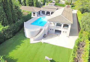 Villa 10 pièces 480 m2