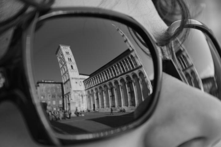 Lucca..guardala con i tuoi occhi di mattia pellegrini