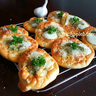 Garlic Cloud Bread