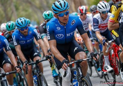 Virtuele Tour van start met ritzege voor Gibbons en vierde plek voor Van der Poel