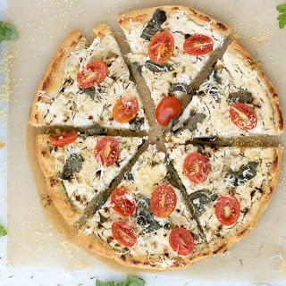 Tomato Basil White Pizza [Vegan]