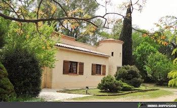 villa à Signes (83)