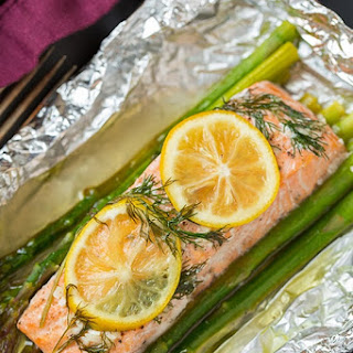 Baked Salmon and Asparagus in Foil.