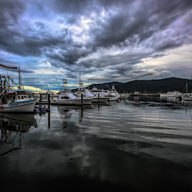 Storm approach by Andy Rigby - Transportation Boats ( marina, storm, cairns, menacing, clouds, fluffy,  )