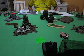 Photo: Turn 4 - end of Dark Eldar turn - The Scourges have been forced to fall back