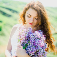 Wedding photographer Oksana Gnennaya (dp190192goi). Photo of 02.06.2018