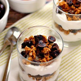 Cherry Vanilla Yogurt Parfait