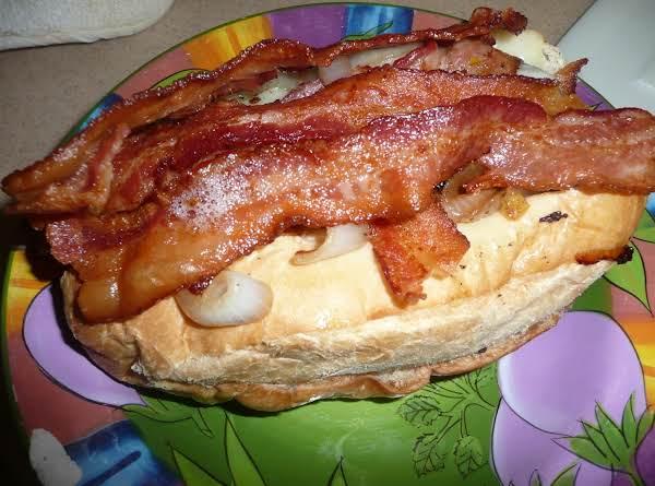 Kimi's Amazing Bacon Burgers