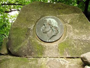 Photo: Memorial to Friedrich Schiller