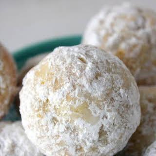 Powdered Sugar Baked Donut Holes.