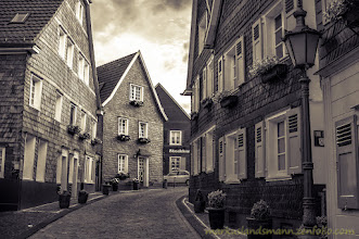Photo: This photo is made during a #photowalk through #Solingen +Solinger Photowalk #spw2012organized by +Bernhard Rypalla . Thanks for this wonderful walk.  Also for one of my favorite weekly theme +Monochrome Monday #monochromemonday by +Charles Lupica +Hans Berendsen +Jerry Johnson +Manuel Votta +Steve Barge +nurcan azaz