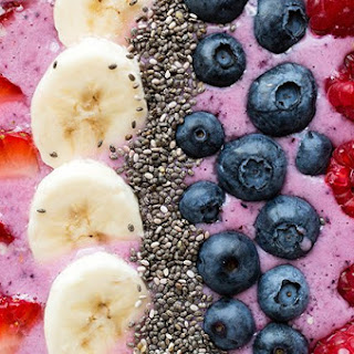 Berry Smoothie Bowl with Toasted Coconut
