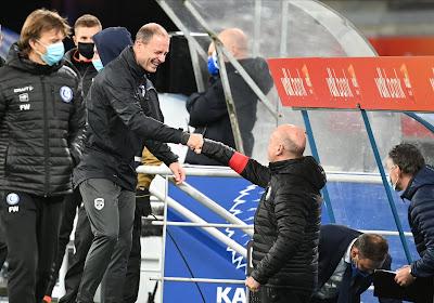 """Spandoekenrel doet flink wat stof opwaaien bij KAA Gent: """"Domste zet van het seizoen"""" & """"Met publiek hing dat spandoek er sowieso"""""""