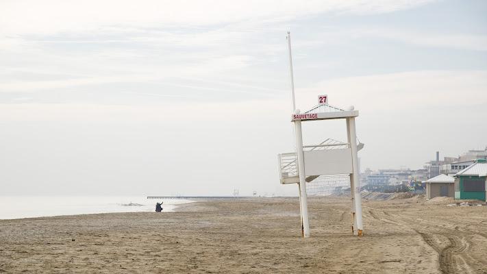 Hiver a la plage di jandmpianezzo@bluewin.ch