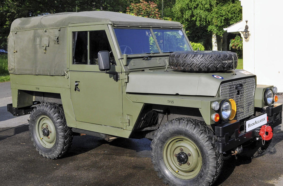 Land Rover Lightweight Air Portable Series 3 Hire Wolverhampton