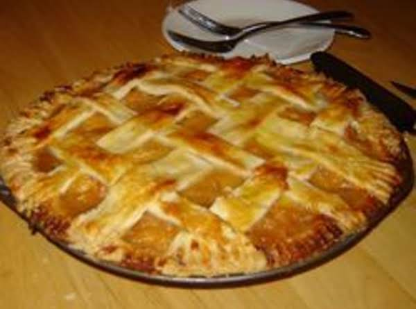 Fresh And Delightful Peach Pie Recipe