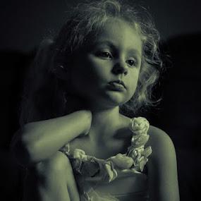 by William Boyea - Babies & Children Child Portraits (  )