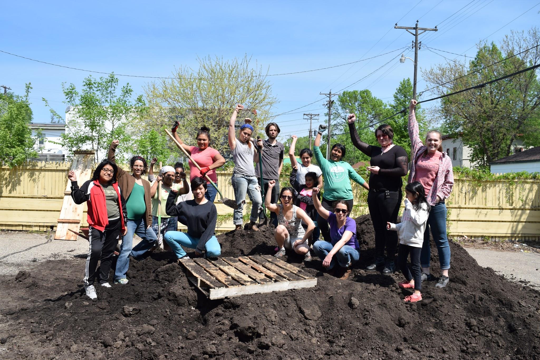 Volunteer Crew at Installation Day 2016