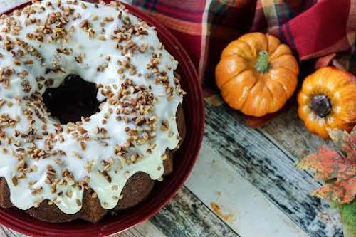 """Pumpkin Bundt With Cheesecake Pecan Filling""""The girls at work were dying for..."""