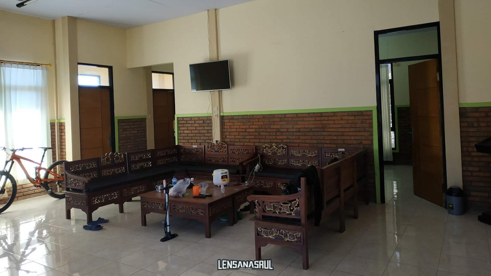 Ruang santai view bromo homestay