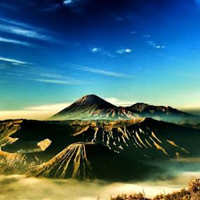 Bromo Mountain in the Morning by Sigit Setiawan - Landscapes Travel ( bromo mountain, indonesia, sunrise, morning, bromo )