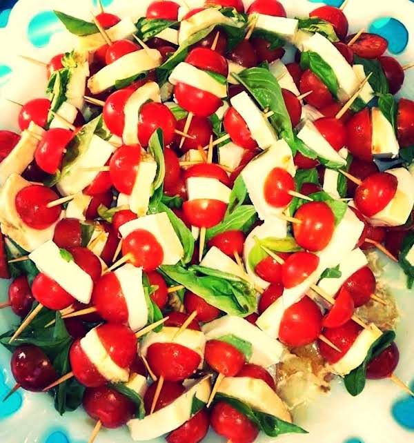 Easy Caprese Salads Recipe