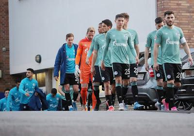 🎥 Quand les joueurs de Schalke 04 sont agressés par leurs supporters après leur relégation