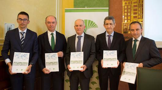 Autores  del informe presentado por Analistas Económicos de Andalucía, del Grupo Unicaja.