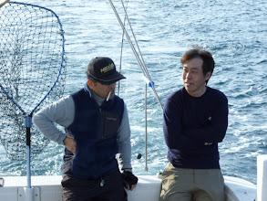 Photo: 偶然です! 別々のグループで乗船頂きましたが「ホンダさん」と「マツモトさん」学生時代の同級生らしいです! まさか「恵丸」で再会するとは・・・!