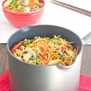 One-Pot Chicken Lo Mein