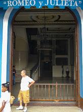 Photo: Знаменитый магазин, сюда возят всех туристов покупать сигары и ром.