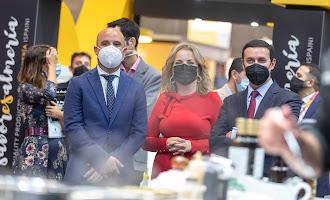Almería y Cosentino, de la mano en el 'Salón Gourmets'