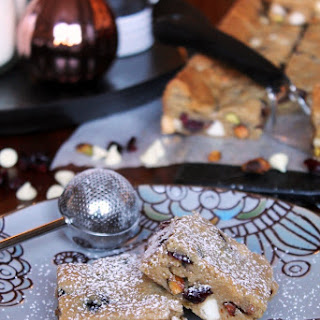 WHITE CHOCOLATE CRANBERRY PISTACHIO COOKIE BARS Recipe