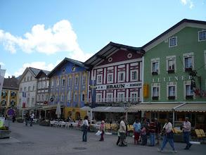 Photo: Hangulatos, szinesre festett házak Mundseen