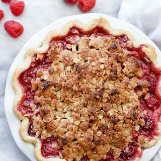 Rhubarb and Raspberry Pie With Oatmeal Crumble
