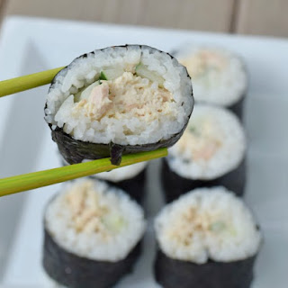 Simple Homemade Spicy Tuna Rolls