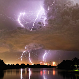 Light show by Eric Ebling - Landscapes Weather ( lightning, sky, pentax, night, clouds, fourthofjuly )