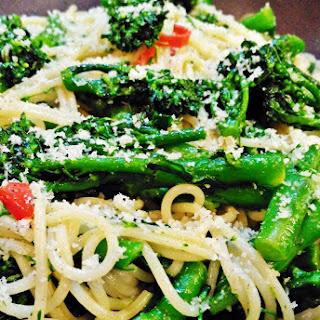 Tenderstem, Broccoli and Garlic Spaghetti