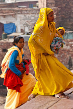 Photo: Two young mothers climbing the steps to the Jama Masjid mosque, Fatehpur Sikri, Uttar Pradesh, India.